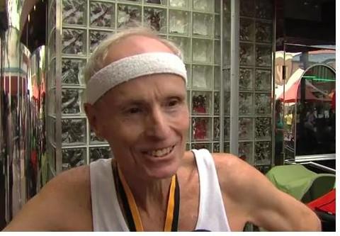 Chad Robbins at the Kentlands - lakelands 5K Race