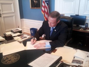 Governor O'Malley signs Vote 2012 results