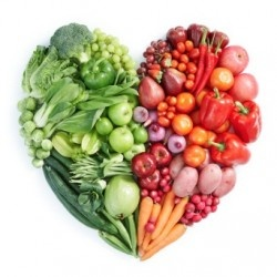 photo veggies in shape of heart