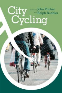 photo cover of City Cycling book by Ralph Buehler