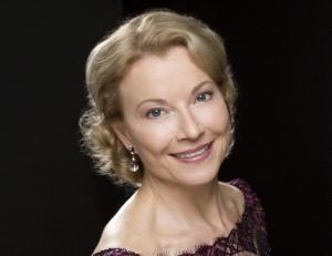 photo of soprano rosa lamoreaux