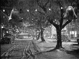 Bedford Falls on Christmas Eve 1946 Photo | Liberty Films
