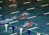 photo Kristina Li leading in 2014 Metros Womens 100 Backstroke