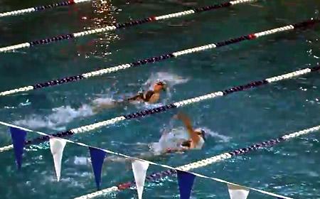 photo Kristina Li leading in 2014 Metros Womens 100 Backstroke