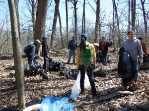photo of people cleaning up Rock Creek Park