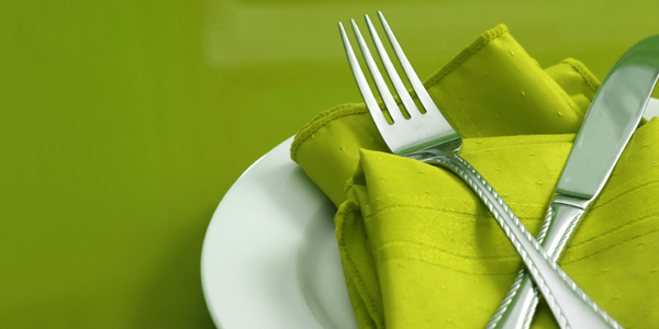 green_dinner_place setting