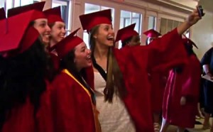 photo of MCPS Graduates take selfie