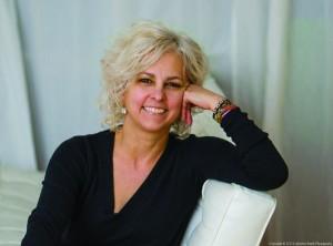 photo of children's author Kate DiCamillo