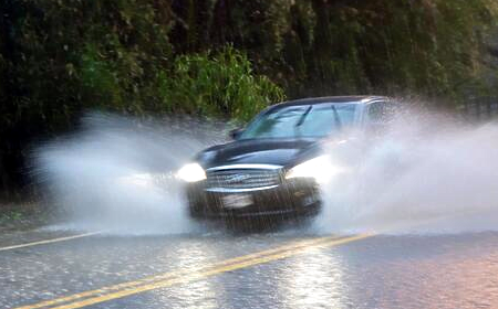 photo of car in rain