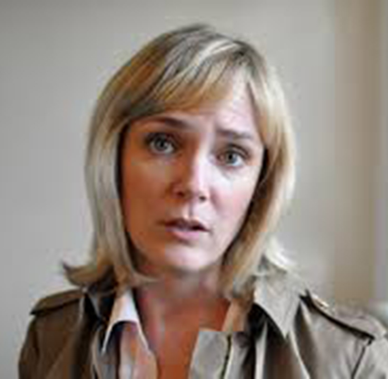 photo of Julie-Hera DeStefano