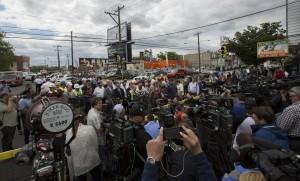 Sumwalt briefs the media on Amtrak Train #188 Derailment in Philadelphia
