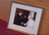 Father Fangmeyer photo with Pope John Paul II